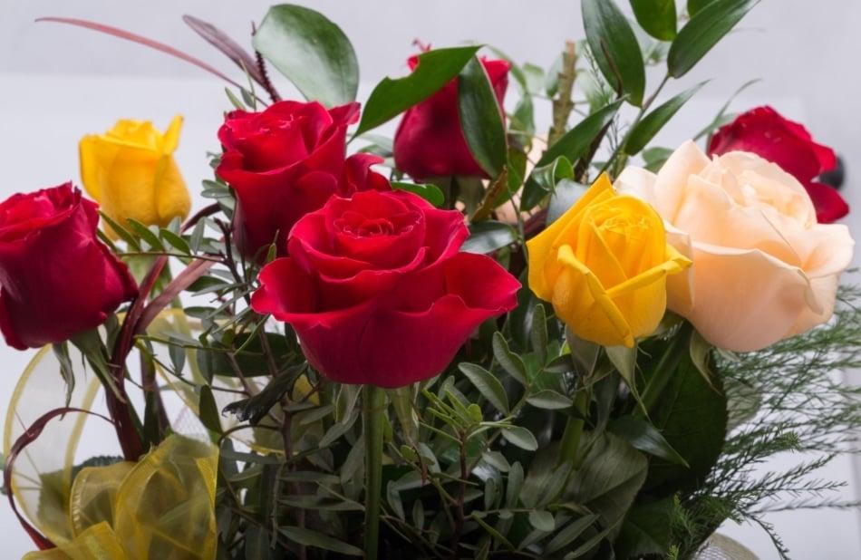Garden roses - Floral design
