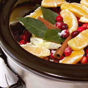 Homemade Simmering Christmas Potpourriimage preview