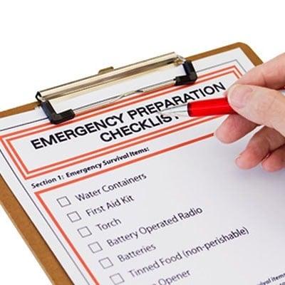 Preparing a Disaster Kit image