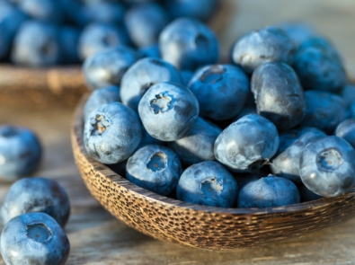 Why Blueberries Are A Must-Eat Food: History and Recipes featured image