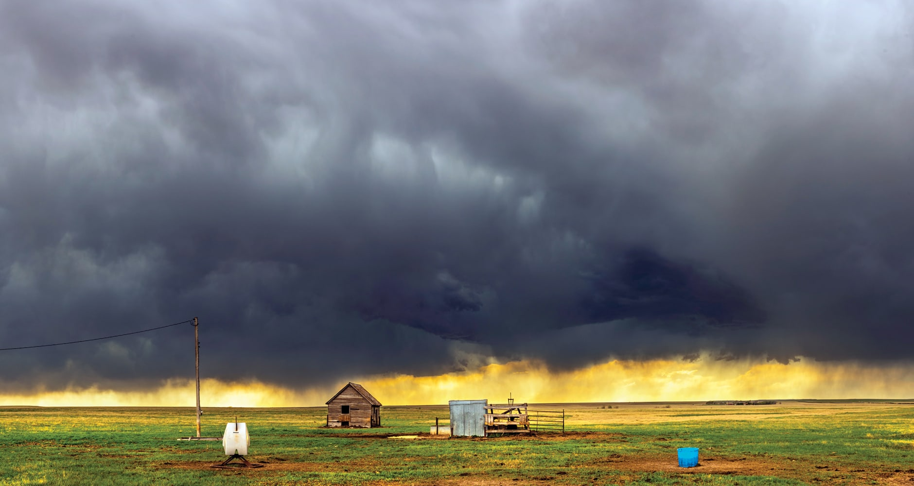 Scary Clouds That Look Like Tornadoes Farmers Almanac A wall cloud (murus or pedestal cloud) is a large, localized, persistent, and often abrupt lowering of cloud that develops beneath the surrounding base of a cumulonimbus cloud and from which. scary clouds that look like tornadoes