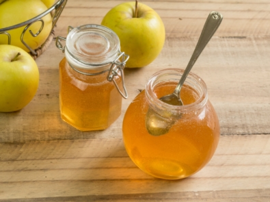 Save Those Peels And Cores and Make Apple Scrap Jelly featured image