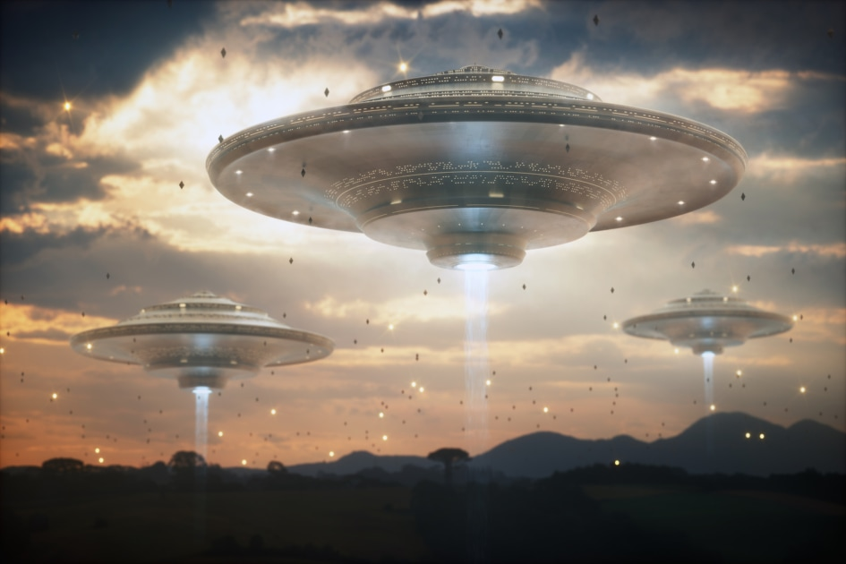 Mother ship - Extraterrestrial life