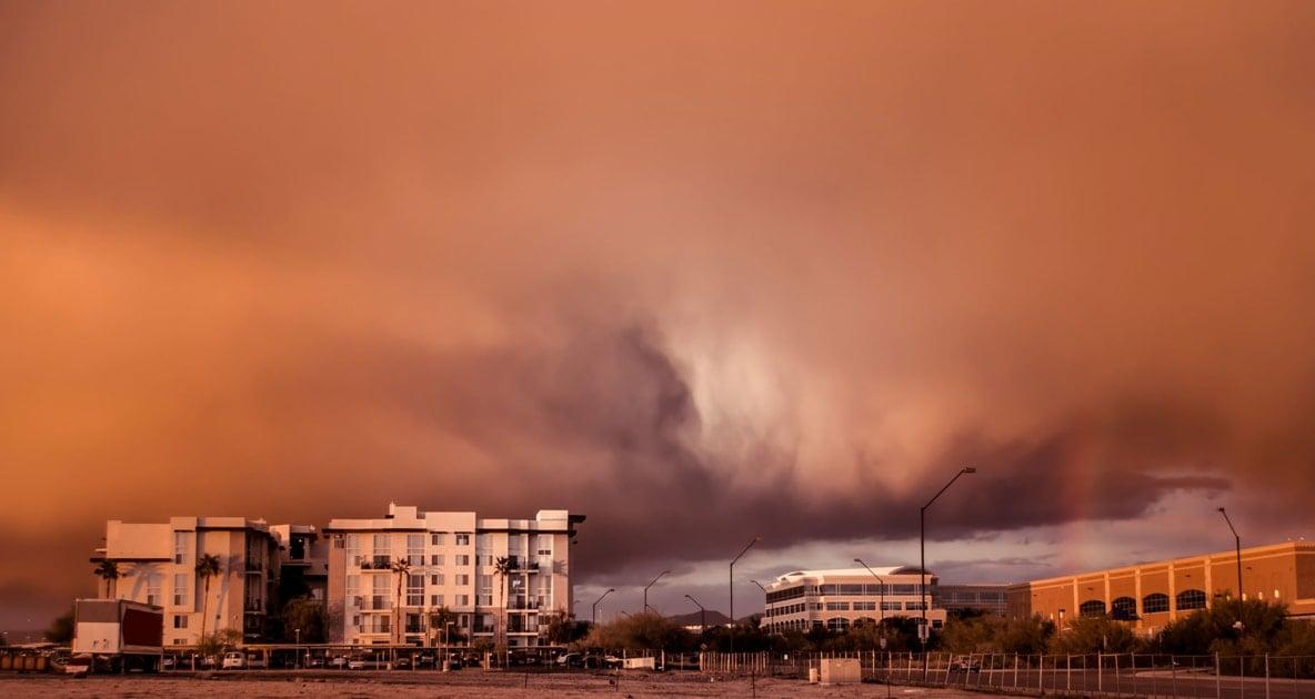 Dust storm - Storm