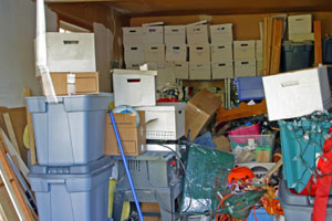 Keep, Reuse, or Recycle? What To Do With Clutter featured image