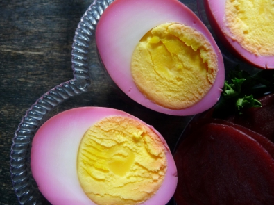 Tasty Ways To Use Up Leftover Easter Eggs featured image