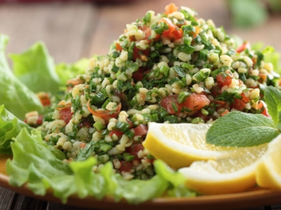 Cool and Healthy Tabouleh Salad featured image