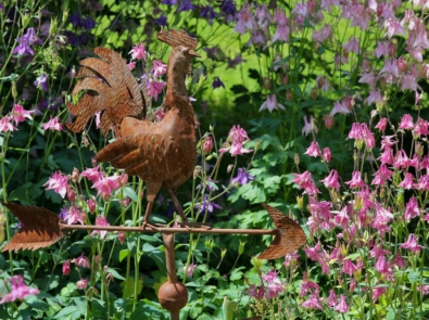 Spruce Up Your Garden With Weather Decor! featured image