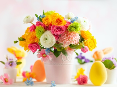 9 Popular Easter Flowers And What They Symbolize featured image
