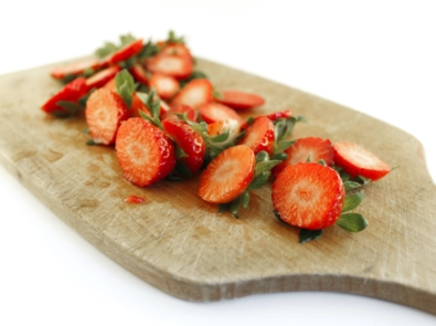 Use Those Strawberry Tops With These 10 Surprising, No-Waste Ideas featured image