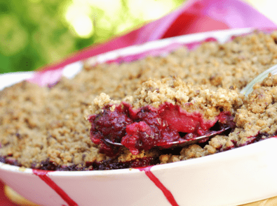 Easy To Make Apple and Blackberry Crumble featured image